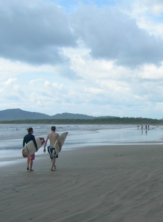 cropped-4-beach-scene1.jpg